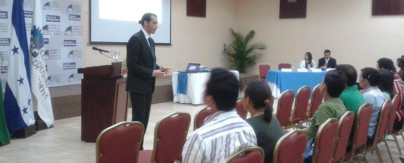 Funiber Honduras-San Pedro  Sula – Conferencia: Periodismo 2.0: Nuevos medios, nuevos mensajes… ¿nuevos periodistas?