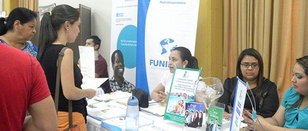FUNIBER presenta el programa de becas en la ExpoFeria 2015 en Tegucigalpa (Honduras)
