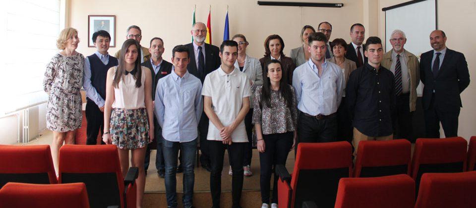 FUNIBER asiste a la entrega de premios de la VII Olimpiada de Economía