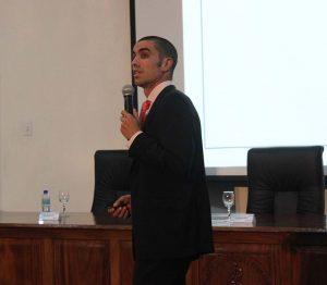 """Antonio Bores, Profesor de FUNIBER, realiza conferencia sobreFUNIBER realiza la conferencia """"Enseñanza de Deporte en Primaria y Secundaria"""" en Costa Rica"""