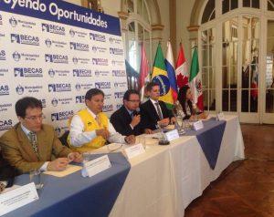 FUNIBER Perú patrocinó, el pasado 20 de octubre, la presentación del Programa de Becas