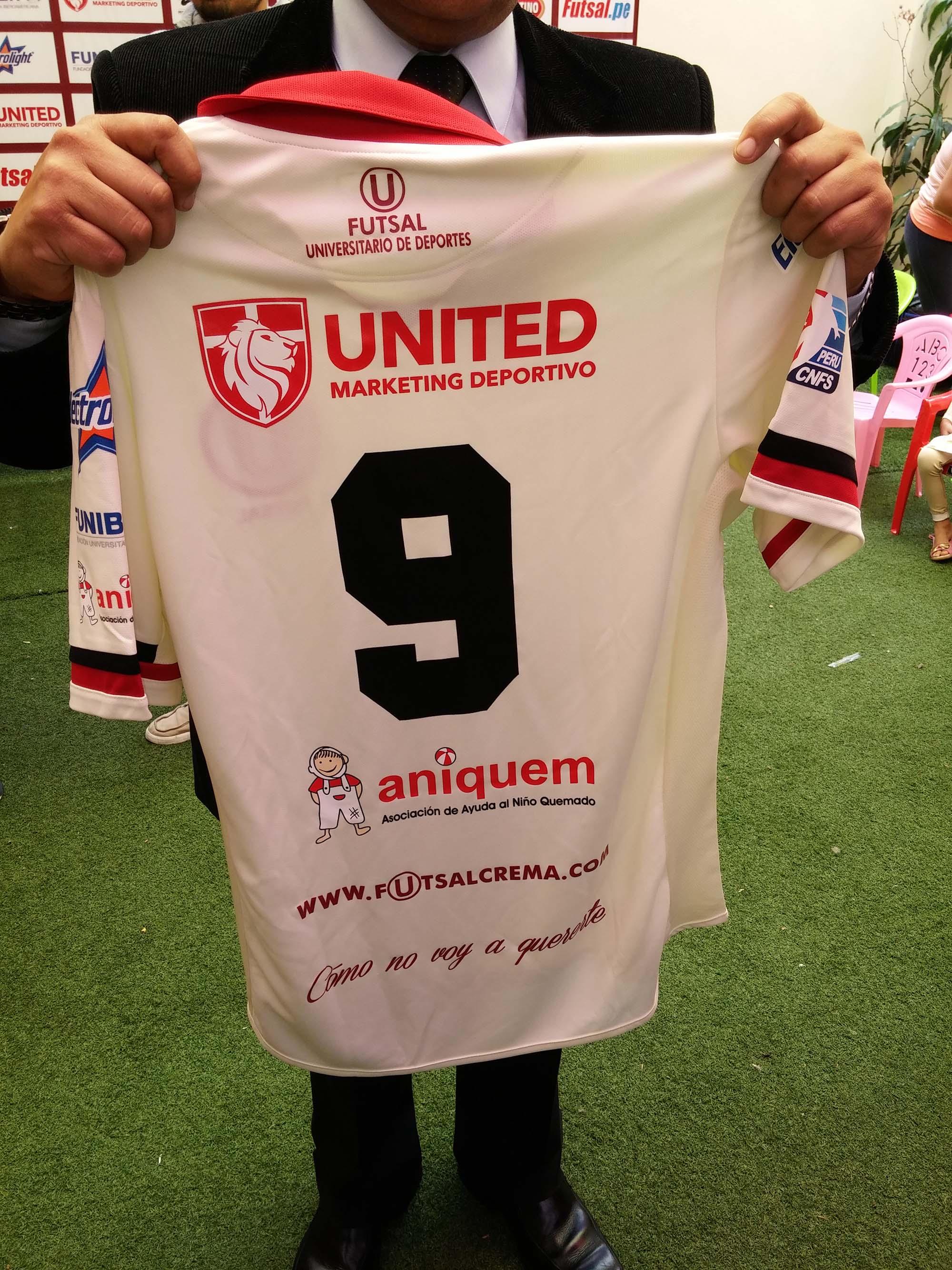 FUNIBER colabora con la campaña solidaria de ANIQUEM con el Club Universitario de Deportes