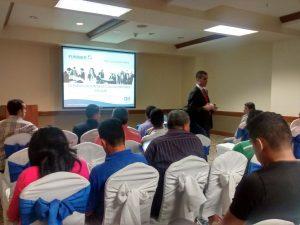 """FUNIBER realizó la Conferencia """"Enseñanza de Deporte en Primaria y Secundaria"""" en Tegucigalpa"""