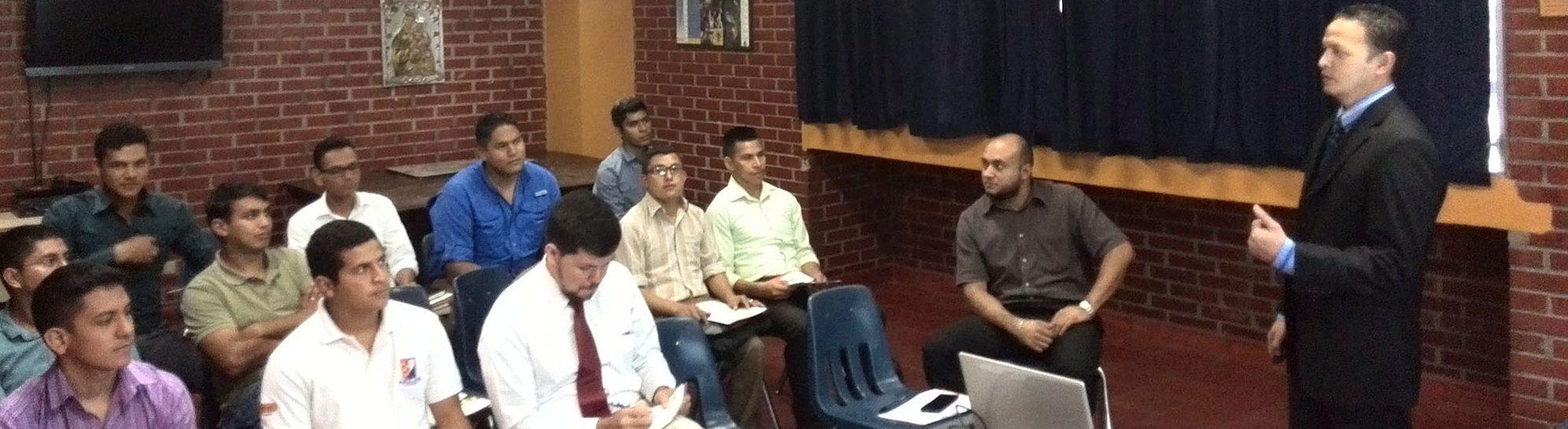 FUNIBER presentó el Programa de Becas en la Fundación Taular en Honduras