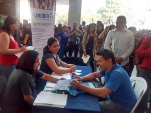 FUNIBER participó en la Feria del Empleo y Oportunidades 2016 en Tegucigalpa Honduras