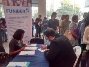 FUNIBER participó en la Feria del Empleo y Oportunidades 2016 en Honduras