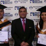 FUNIBER otorgó becas a la excelencia a estudiantes del Perú