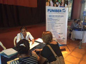 Programa de Becas de FUNIBER despierta gran interés en la Feria de Empleo y Oportunidades en San Pedro Sula (Honduras)