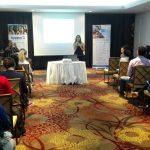 La Dra. Mireia Peláez imparte conferencia sobre ejercicio físico durante el embarazo en Panamá