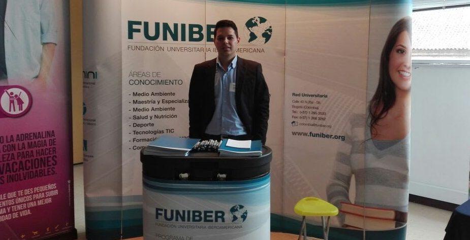 Programa de Becas FUNIBER presentado en la Feria de Educación de DIAN en Colombia