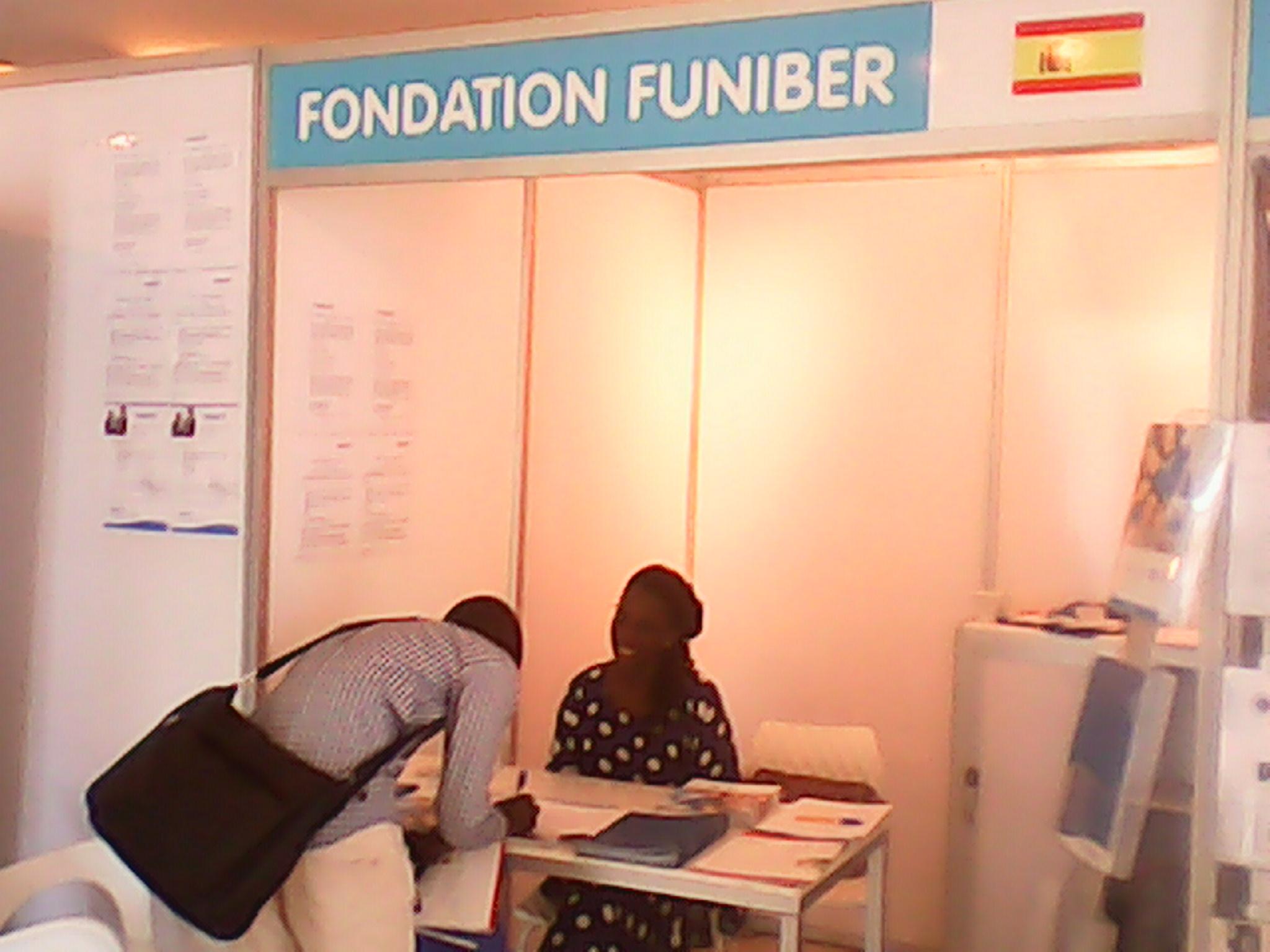 """Programas patrocinados por FUNIBER despiertan gran interés en la """"Feria Europea del Estudiante"""" (Senegal)"""