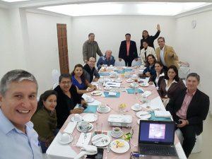 Mesa redonda sobre comunicación digital con reputados periodistas de Bolivia