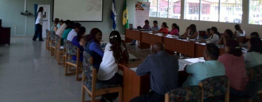Docentes y autoridades de la UNAG (Honduras) conocen los beneficios del Programa de Becas de FUNIBER