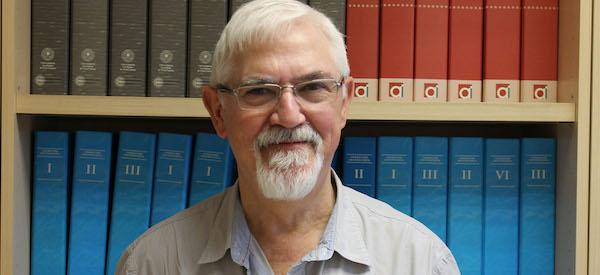 Jesús Arzamendi realiza sesiones informativas sobre la importancia de cursar un Doctorado en Honduras