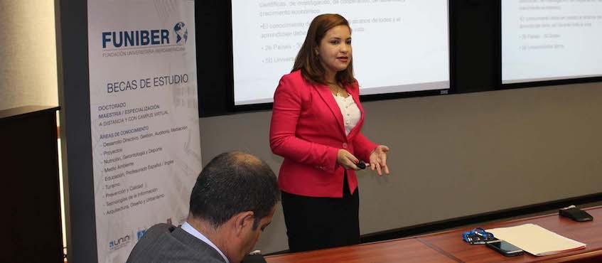Programa de Becas de FUNIBER presentado en el programa «Capacitando en la radio» de República Dominicana