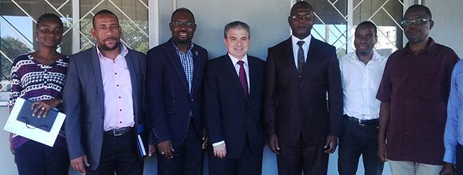 Presidente de FUNIBER visita la sede de la Fundación en Mozambique