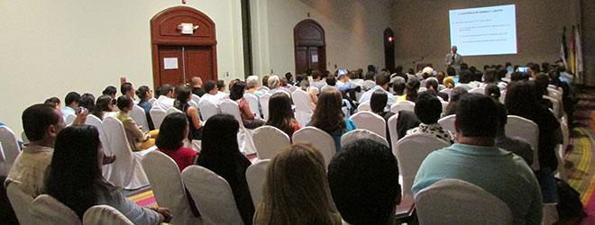 FUNIBER realiza conferencia en El Salvador sobre la importancia de la familia en el desarrollo socio-emocional
