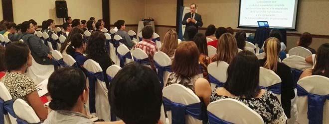 Conferencia sobre la alimentación en la adolescencia despierta mucho interés en Honduras