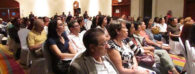 FUNIBER realizó en El Salvador conferencia sobre alimentación saludable