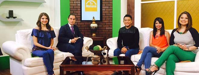 José Enrique Sirvent entrevistado en el Canal 10 de la Televisión Nacional de El Salvador