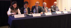 Profesionales de la educación asisten a la conferencia en México acerca del acoso escolar