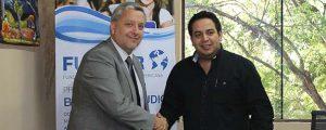 FUNIBER firma un convenio de Becas de Formación con la Municipalidad de Villa Elisa (Paraguay)