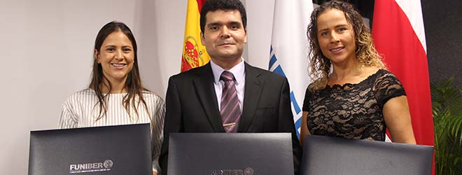 FUNIBER celebra emotivo acto de entrega de títulos en Costa Rica