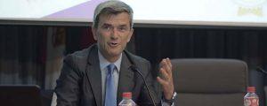 Masiva asistencia a la conferencia de Maurizio Battino en Santander (España)