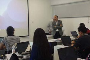 Alumnos becados por FUNIBER participan en Seminario Internacional para formación de Doctorandos en Proyectos