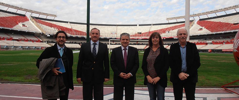 FUNIBER visita las instalaciones del Club River Plate