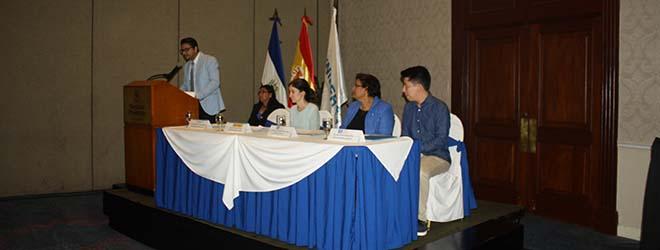 Estudiantes salvadoreños becados por FUNIBER viajan a España para estudiar en UNEATLANTICO
