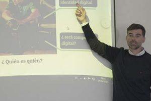 El Dr. Gonzalo Silió hablará sobre modelos educativos en El Salvador