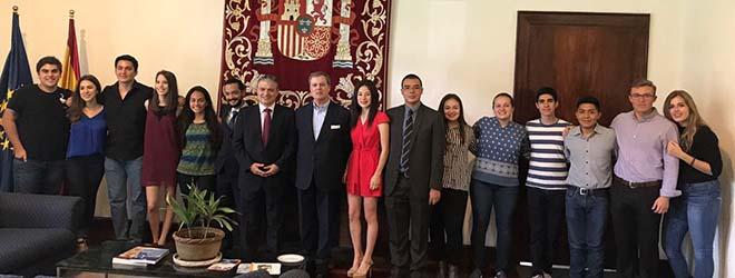 Alumnos guatemaltecos becados por FUNIBER inician estudios en UNEATLANTICO