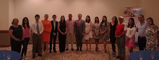 Alumnos hondureños viajan a España a iniciar estudios en UNEATLANTICO