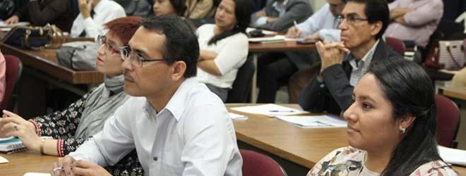 Gran acogida a la conferencia sobre modelos educativos en El Salvador