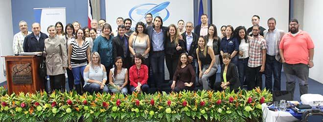 Gran acogida a la conferencia del Dr. Santiago Tejedor en Costa Rica