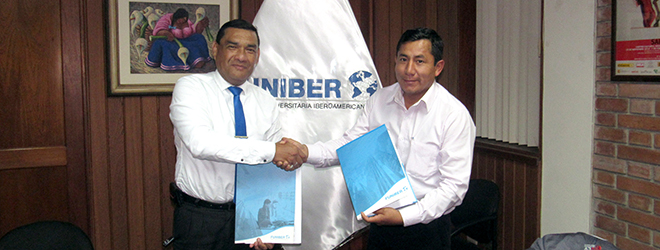 FUNIBER Perú firma convenio de colaboración con la Municipalidad de Otoca