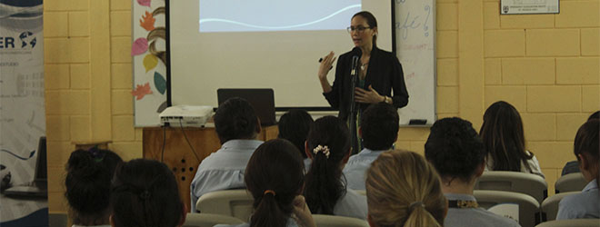 FUNIBER Nicaragua presenta su programa de becas en el Saint Augustine Preparatory School