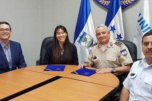 FUNIBER firma convenio con la Universidad de Defensa de Honduras (UDH)