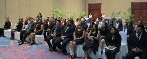 FUNIBER celebra entrega de títulos en El Salvador