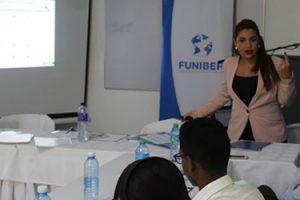 FUNIBER organiza sesión informativa en Higüey (República Dominicana)