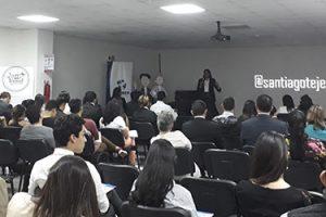 Las conferencias del Dr. Tejedor en Honduras cosechan un gran éxito de asistencia