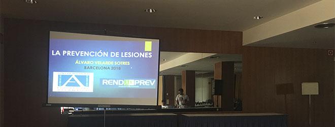 Álvaro Velarde imparte ponencia sobre prevención de lesiones en Barcelona (España)