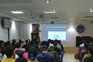 Excelente asistencia a la conferencia sobre ansiedad en el deporte de la Dra. Corrales