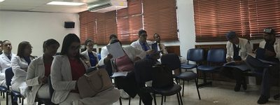 sesion-informativa-de-funiber-en-el-hospital-de-la-mujer-dra-evangelina-rodriguez-perozo