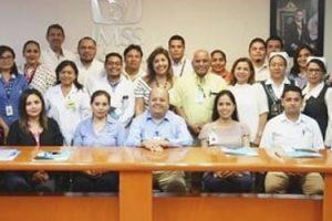 FUNIBER participa en la entrega de becas a colaboradores del IMSS