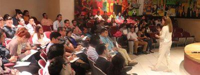 la-conferencia-de-elvira-carles-en-tegucigalpa-sobre-cambio-climatico-despierta-gran-interes