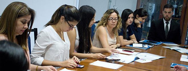 Reunión entre FUNIBER y la Universidad Autónoma San Sebastián para explorar vías de cooperación