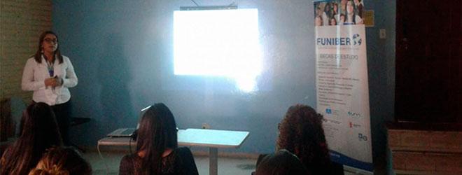 FUNIBER imparte sesión informativa en Casa Alianza de Tegucigalpa