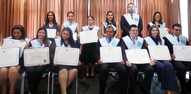 FUNIBER celebra su octava ceremonia de entrega de títulos universitarios en Guatemala